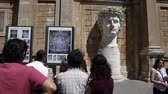 esculpida : Footage behind tourists looking at Head of Augustus.