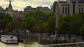egypťan : Time-lapse overlooking the River Thames and the Victoria Embankment. Cleopatras Needle, an obelisk, is seen as well as part of Charing Cross station. Filmed in London in October 2011. Dostupné videozáznamy