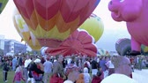 gorąco : Assorted Hot Air Balloons in Utah County Utah. Wideo