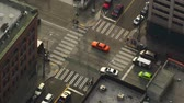 игла : Static shot of traffic and people walking the streets of Seattle. Стоковые видеозаписи