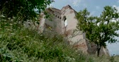 Timelapse view of a citadel ruin in Transylvania. 動画素材