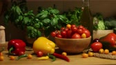 saláta : Organic vegetables, healthy food concept, dolly shot.