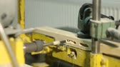 kroucení : Electric bench drill machine drilling wooden board