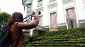 dziennikarz : photographer removes the facade of the estate of the tsarist times Wideo
