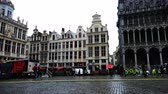 belga : Belgium, November 24, 2017, Brussels Grand Place Square Europeans walk around Grand Place in rainy weather