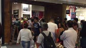 Wide shot of Shopping mall store sale on Christmas eve, Abasto, Buenos Aires, Argentina, December 2017 Wideo