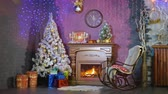 cadeira de balanço : Christmas background. A room decorated for Christmas holidays.