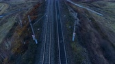 çift : Utility poles standing on both sides of railway tracks. Stok Video