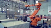 futurism : Robotized factory machine is displacing solar modules