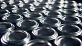 processado : Lots of metal aluminum cans on a conveyor. Stock Footage