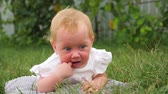 teething : Child parasites background. Toddlers Teeth cutting. Baby teething problems. Stock Footage