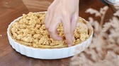 crumble : pastry making Apple crisp or Apple crumble pie.