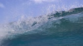 silindir : Empty Blue Ocean Wave Crashing In Slow Motion Stok Video