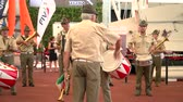 messe : Vallecamonica Armee traditionelle Fanfare Band auf Expo Milano 2015 Stock Footage