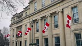 passaporte : Building With Canadian Flags