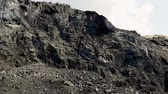 escavadeira : Panorama of the coal mine. View of the quarry. Rolling coal. Crumbling Anthracite