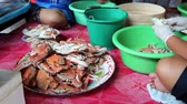 steamed : Steamed crabs process at Thai restaurant