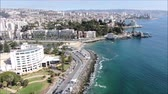 skalnatý : Aerial view of a city and a beach in Chile