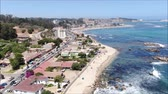 praia : Aerial view of a city and a beach in Chile