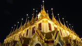 Ancient architecture and Buddhist temple in Thailand Stockvideo
