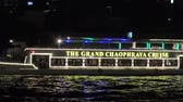 タイの : River cruise at Chao Phraya river in Bangkok, Thailand