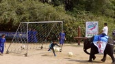 krokodyl : NAKHON PATHOM, THAILAND - February 5 : Show of Elephant playing football at the most impressive Samphran Crocodile Farm at Nakhon Pathom, Thailand on February 5, 2019 Wideo