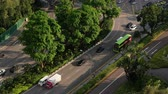 высокий : high angle view of signapore transport on road.