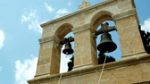 creta : two bells against the blue sky Vídeos