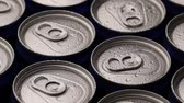 ebilmek : footage water droplets on can of soda or beer rotate background. Stok Video