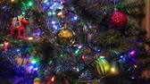 bombki : colorful ornaments on tree Wideo