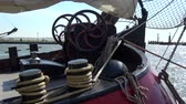 yelken : Details of a historical sailing boat at Volendam in the Netherlands. Stok Video