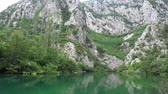 oděv : Cetina is a river in Southern Croatia and flows into the Adriatic Sea.