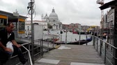 benátky : Grand Canal with the Santa Maria della Salute church in Venice - Italy. Dostupné videozáznamy