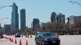 hádka : CHICAGO, ILLINOIS - April 30, 2015: Near north side road closed by Grant Park in preparation for the NFL Draft event.