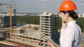 expressar : Architect looking on development project