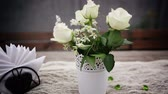 banquete : Bouquet and napkin on the table. Slider