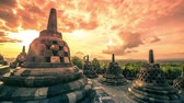 z��pad slunce : A beautiful sunrise at Borobudur Temple in Indonesia. 4K Timelapse - Java, Indonesia, June 2016. Dostupné videozáznamy