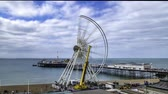 deconstruct : Time lapse view of the iconic Brighton wheel being dismantled