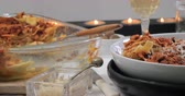 kereviz : Dolly view of delicious steamy lasagne in bolognese sauce Stok Video