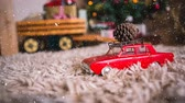 decorativo : Digital composite of Falling snow with Christmas car decoration Vídeos
