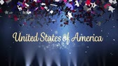 amerikaanse vlag : Digital animation of gold United States of America text with silver bokeh lights while background shows lights moving and colorful confetti slowly falling in the screen