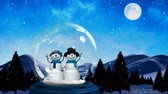 gwiazda : Animation of two smiling snowmen in a snow globe, with hills and trees, falling snow with a dusk sky, moon and stars in the background Wideo