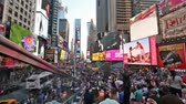New york, New york,Usa. September 2th, 2016: Pedestrian malls full of crowds on a summer Saturday afternoon in Times Square September 4, 2010 in New York City. Stok Video