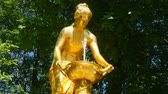 fontaine : Saint-Petersburg. Peterhof. Park, fountains.