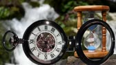 объекты : Pocket watch on water background