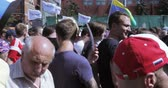 конфликт : libertarians rally against increasing pensions