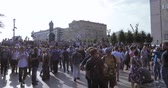 протест : Unauthorized rally against pension reform Стоковые видеозаписи