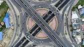 aerial top view traffic on circle road in city at day,  Rotational view, Traffic in Bangkok thailand. Archivo de Video