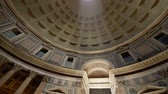 всемирного наследия : Rome Italy Pantheon popular tourist destination in Rome. The Dome Of The Pantheon. A light beam shines from the roof of the dome.