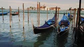 benátky : Traditional water transport in Venice - gondolas
